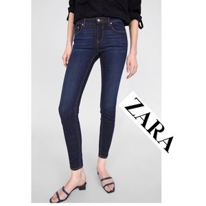 Zara TRF Premium Wash Skinny Jeans     (P70)